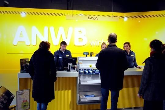 Anwb Breidt Aantal Nieuwe Winkels Uit Bouwbedrijf Berghege